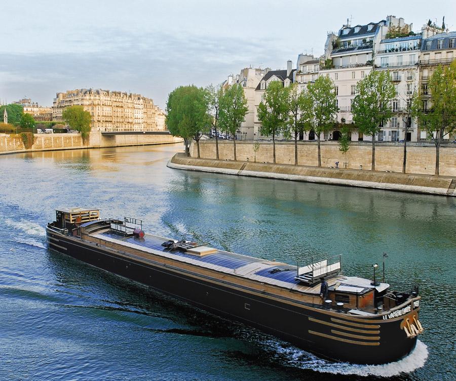 PARIS, UN AN AU FIL DES SAISONS